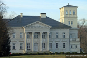 Pałac w Grabie