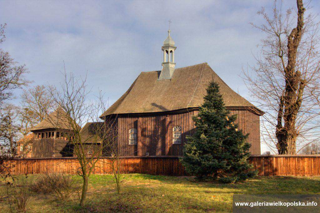 Kościół w Kucharkach