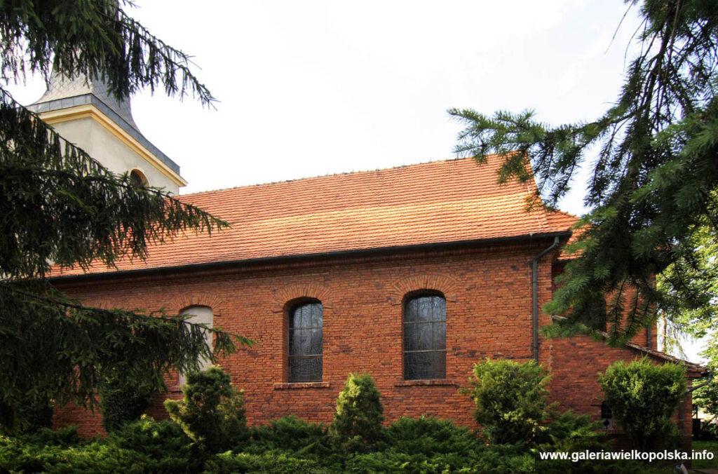 Kościół w Kretkowie