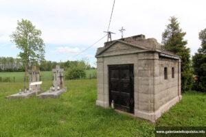 Cmentarz w Kretkowie