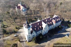 Pałac w Borzęciczkach