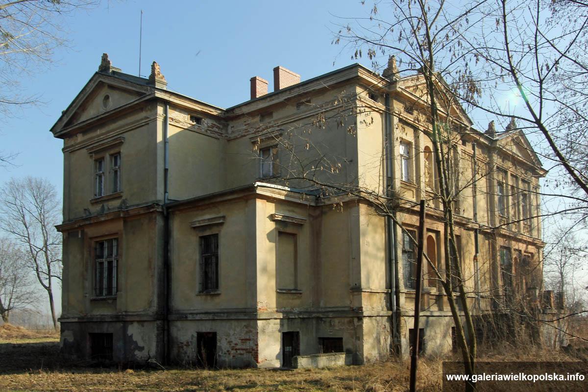 Pałac w Rawiczu- Sarnowie