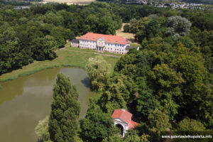 Pałac w Owińskach