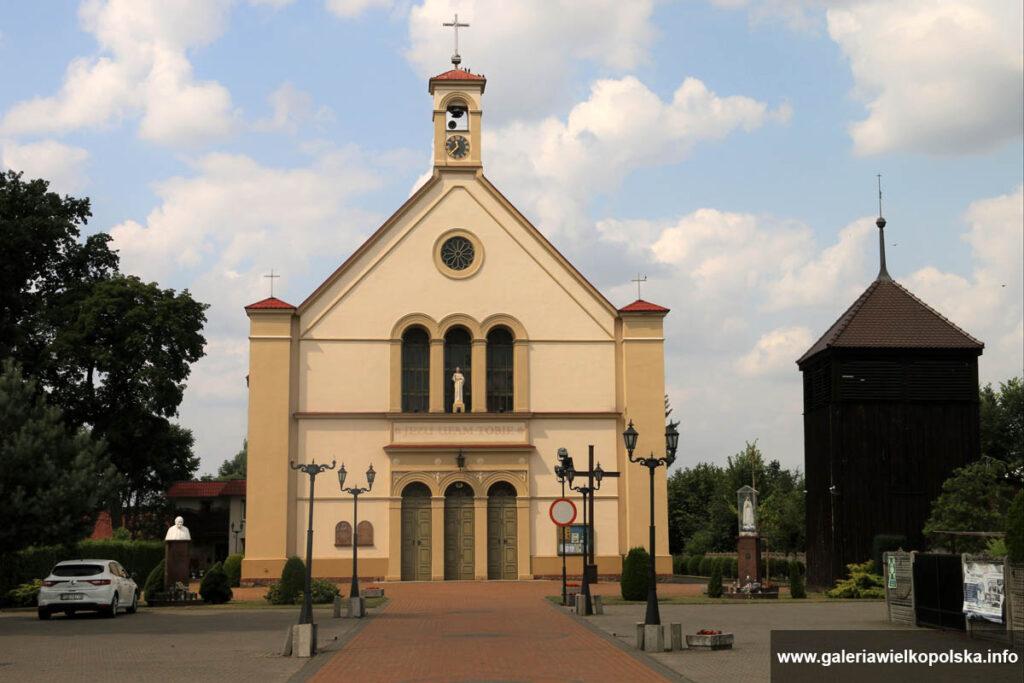 Kościół pw. Ducha Świętego w Rogoźnie