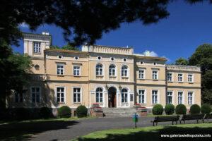 Pałac w Uzarzewie