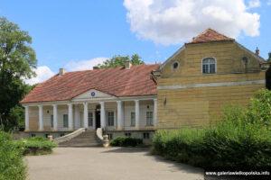 Pałac w Lubaszu