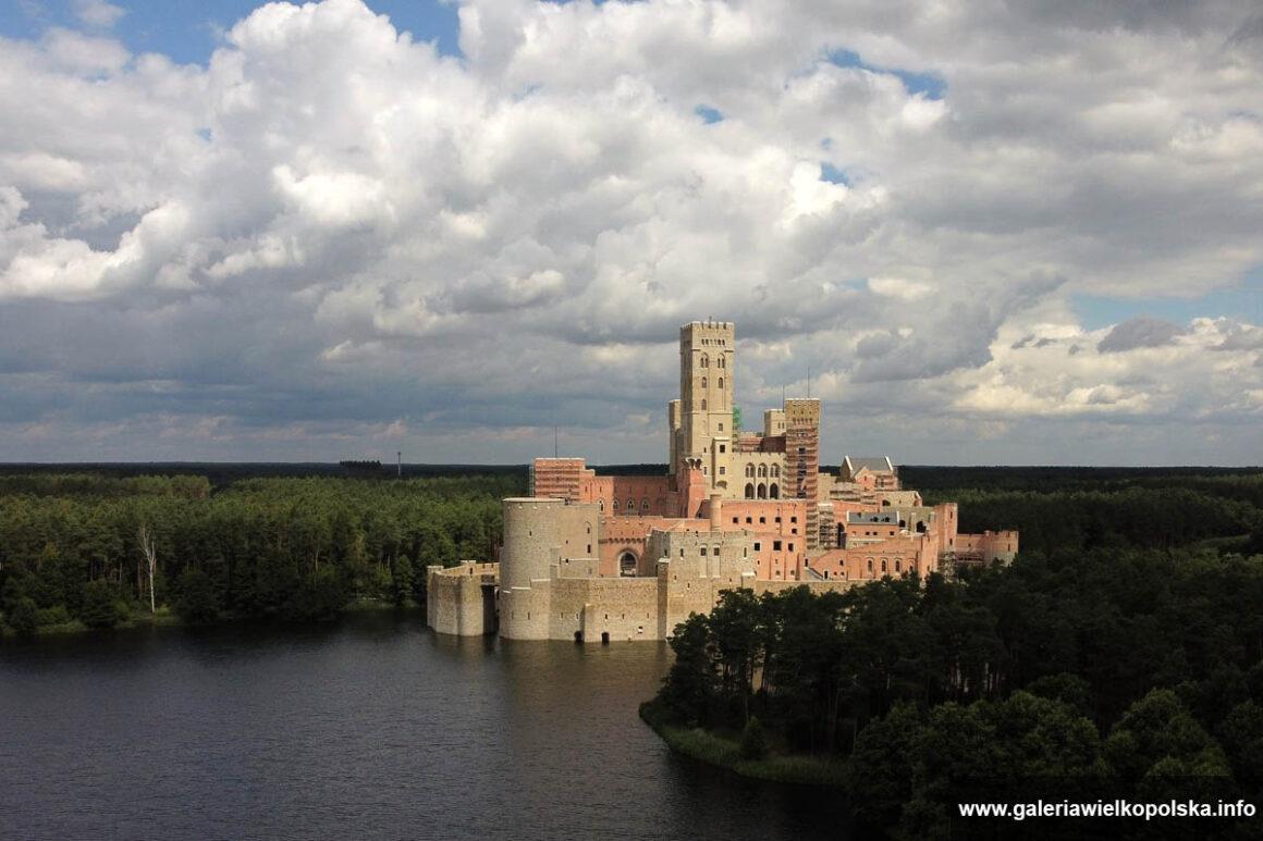 Tzw. zamek w Stobnicy