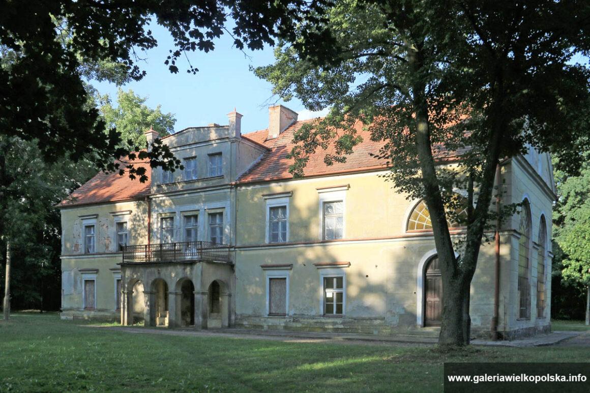 Dwór w Więckowicach