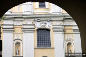 Klasztor w Woźnikach