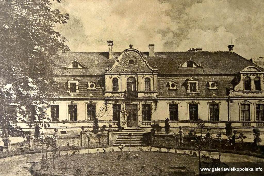 Zabytkowa rezydencja w Otorowie
