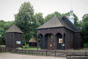 Kościół w Parzęczewie